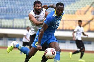 Geoffrey Castillion Bocorkan Alasan Persib Tak Bisa Menang Besar atas Bandung United