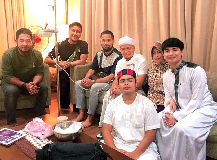 Alvin Faiz ceritakan kondisi Ustaz Arifin Ilham pasca terbang ke Malaysia
