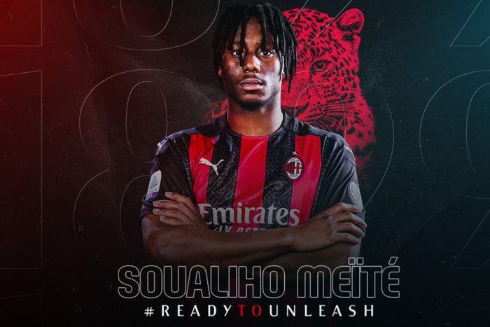 AC Milan resmi mendatangkan gelandang Torino, Soualiho Meite, dengan kesepakatan peminjaman yang memiliki opsi pembelian permanen.