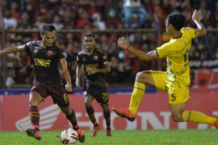 Ferdinand Sinaga ketika laga PSM Makassar melawan Barito Putera di Stadion Mattoanging, Makassar, Minggu (15/3/2020).