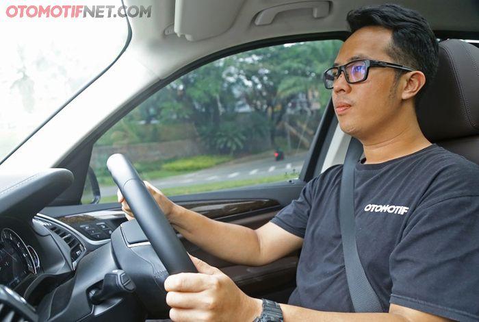 Kenyamanan berkendara lebih diutamakan pada X3 diberbagai kondisi jalan