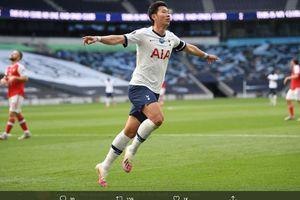 Sebut Son Heung-min Tukang DVD, Fan Arsenal Ini Mewek Meminta Maaf