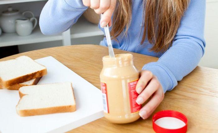 Manfaat kesehatan makan selai kacang setiap hari