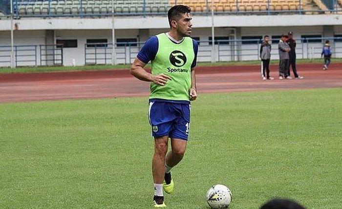 Bek Persib Bandung, Fabiano Beltrame.
