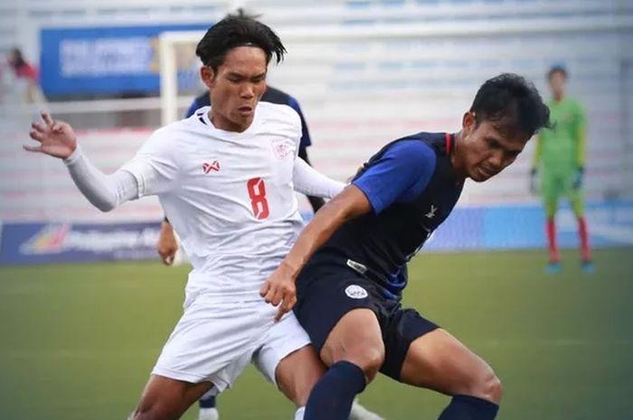 Suasana pertandingan timnas U-22 Kamboja melawan Myanmar dalam laga perebutan tempat ketiga SEA Games 2019 di Stadion Rizal Memorial, Selasa (10/12/2019).