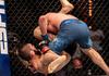 UFC 254 Terungkap! Sambil Hajar Justin Gaethje, Khabib Tetap Perhatian