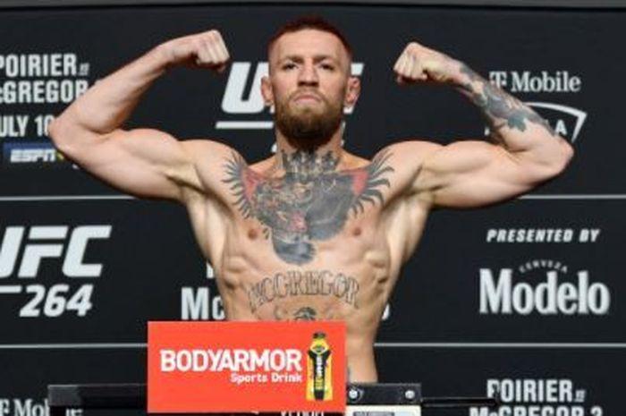 Soal Popularitas di UFC, Conor McGregor Disebut Telah Tiru Tyson Fury thumbnail