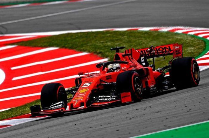 Aksi Pembalap Ferrari, Sebastian Vettel