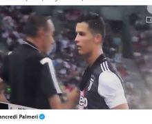 VIDEO - Cristiano Ronaldo Protes ke Maurizio Sarri Usai Diganti di Tengah Laga