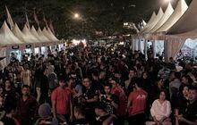 hundreds of Honda motorbikes make a scene in Pontianak