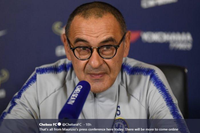 Maurizio Sarri, manajer Chelsea, terancam dipecat menyusul kekalahan dari Manchester United di putaran kelima Piala FA .