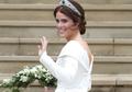 Bekas Operasi Skoliosis Terekspos, Princess Eugenie Sengaja Mengenakan Model Gaun Pengantin Ini