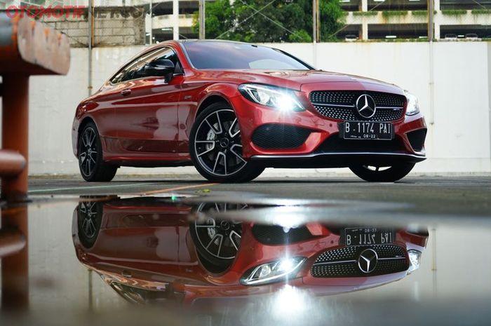 Mercedes-AMG C 43 Coupe yang juga praktis untuk berkendara sehari-hari