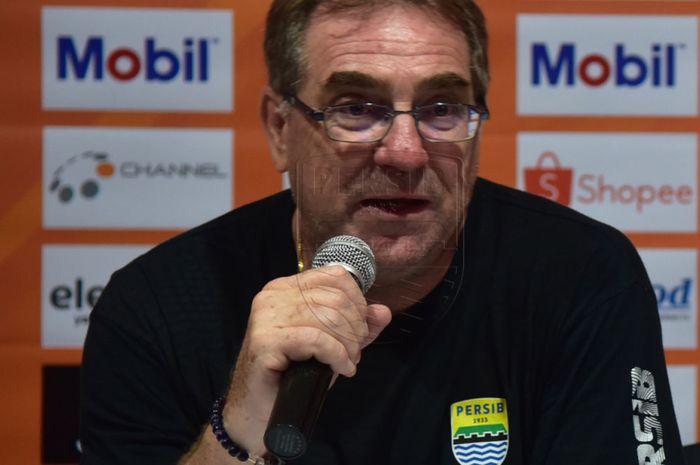 Pelatih Persib Bandung, Robert Rene Alberts, mengungkapkan kunci kemenangan timnya atas Persebaya Surabaya pada pekan ke-23 Liga 1 2019.