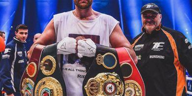 Menang Angka, Tyson Fury Beri Kekalahan Perdana untuk Otto Wallin