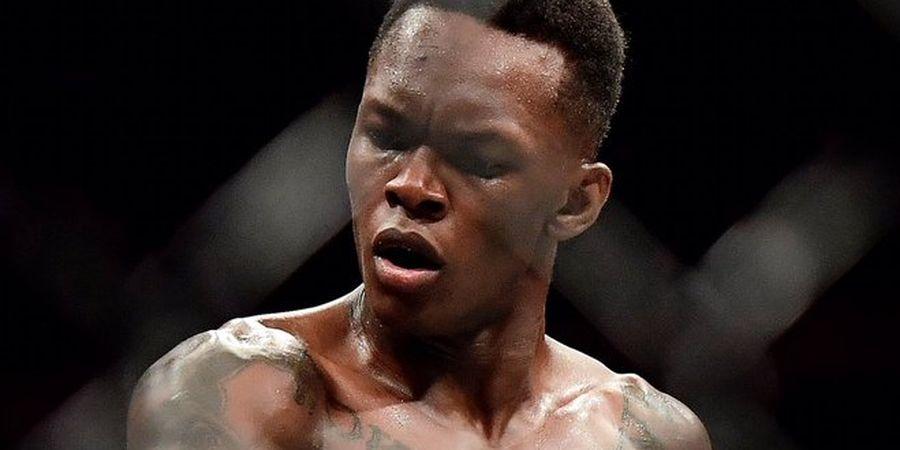 Israel Adesanya Haus Cekikan Pertama, Jagoan UFC Beri Cibiran Pedas