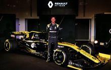 Otorace: Perdana Jajal Mobil Renault, Daniel Ricciardo Mengaku Puas