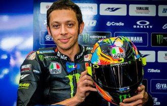 Legenda 500cc: Valentino Rossi Seharusnya Sudah Santai di Kursi Goyang