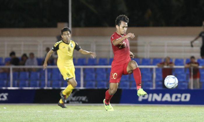 Pemain Timnas U-22 Indonesia, Osvaldo Haay, beraksi pada laga Grup B SEA Games 2019 kontra Brunei, Selasa (3/12/2019).