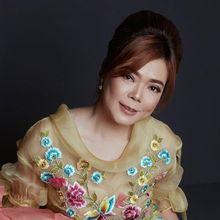 Tren Fashion Imlek 2019 dengan Kebaya Encim dari Desainer Jeanny Ang