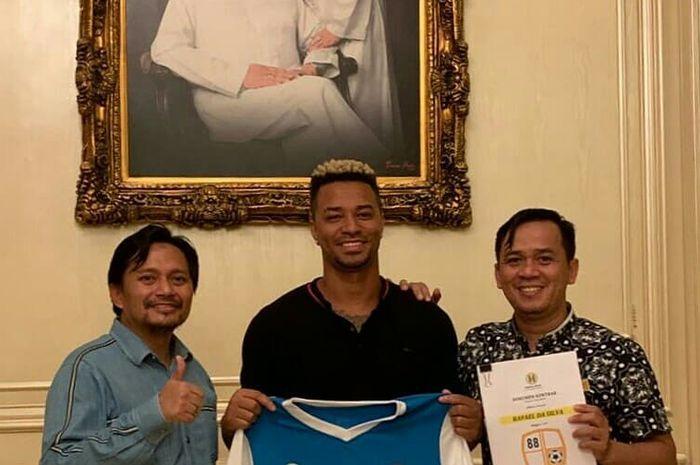 Striker asing Barito Putera, Rafael Da Silva, telah menandatangani kontrak pada Senin (11/2/2019).