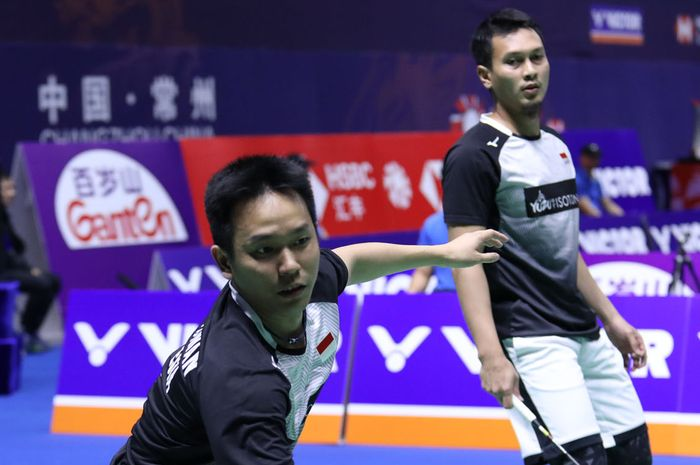 Aksi ganda putra Indonesia, Mohammad Ahsan/Hendra Setiawan, pada babak 16 besar China Open 2019, Kamis (19/9/2019)